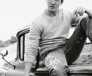 miles teller, actor, and divergent image