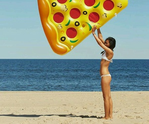 summer, pizza, and beach image