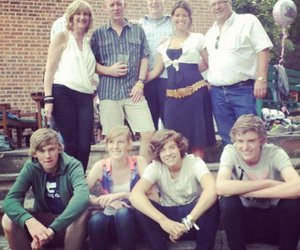 Harry Styles, one direction, and family image