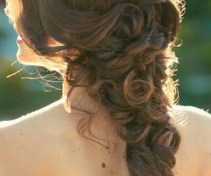 gorgeous, hairstyle, and Prom image