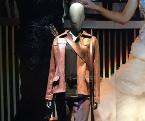 costume, hunger games, and katniss everdeen image