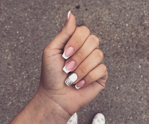 french, inlove, and nail image
