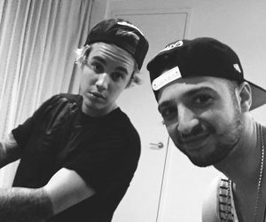 justin bieber and nick demoura image