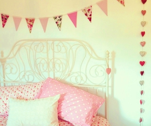 bedroom, pink, and rosy image