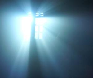 luz, terror, and brillante image