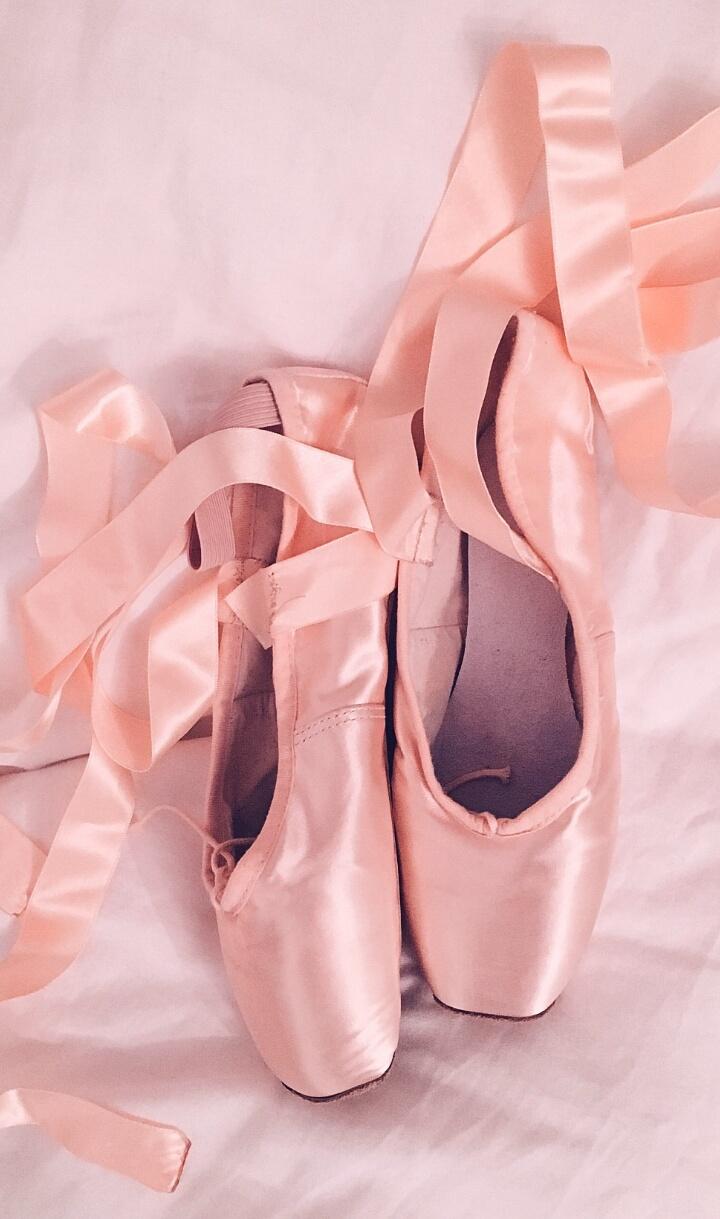 Beautiful Beauty Fashion Gold Iphone Kawaii Korean Pastel Peach Pink Pointe Shoes Ribbons Rose Shoes Style Wallpapers We Heart It Woman Pastel Pink Korean Style Pastel Shoes Pastel Fashion Fashion Korean Kawaii