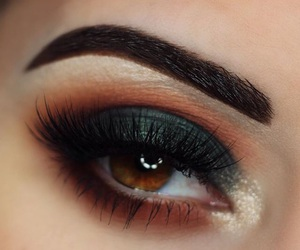 beauty, bold, and brown eyes image