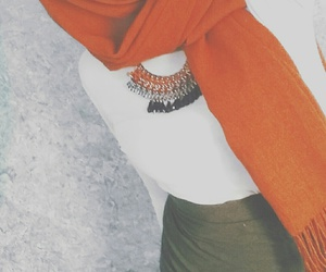 hijab, outfit, and arabe image