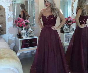 Prom and prom dresses image