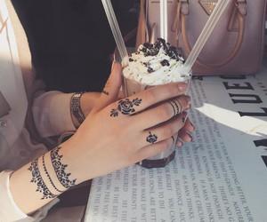 henna and milkshake image