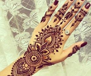 henna, tattoo, and hand image
