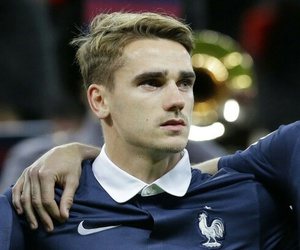 antoine, griezmann, and football image