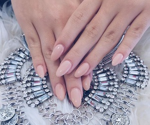 nails and jordynjones image