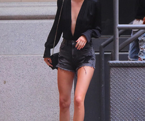 kendall jenner, black, and outfit image