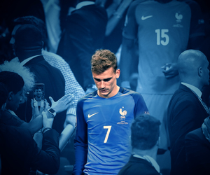 football and antoine griezmann image