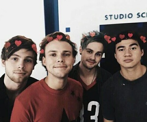 5sos, ashton irwin, and michael clifford image