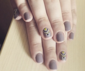 nails, summernails, and shortnails image