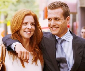 suit, donna, and harvey image