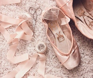 ballet, dance, and pointeshoes image