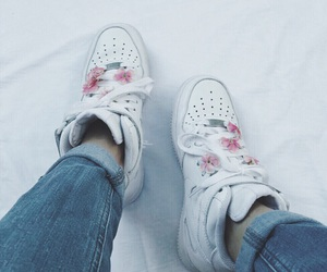aesthetic, airforce, and flowers image