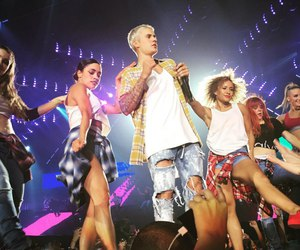 fans, justin bieber, and beliebers image