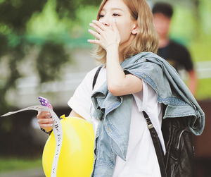 snsd, girl's generation, and taeyeon image