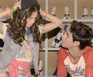 lumon and soy luna image