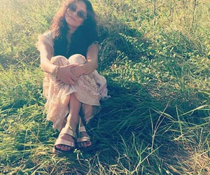 grass, baby v, and hippie image