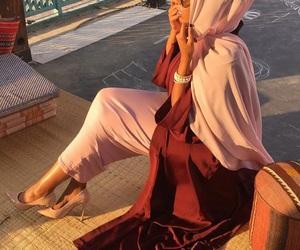 muslima and hijâbi image