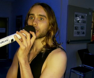 30 seconds to mars, hand, and jared leto image