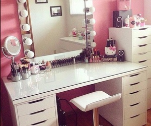 beauty, room, and pink image