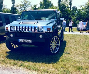 hummer and lilencety image