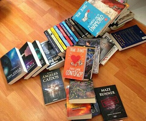 100%, books, and ♥ image