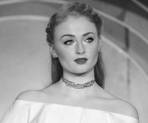 black and white, game of thrones, and sophie turner image