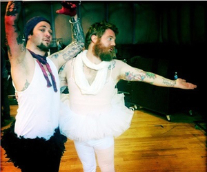ryan dunn and bam margera image