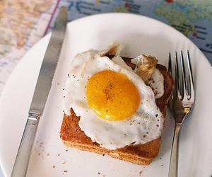 bread, loaf, and breakfast image
