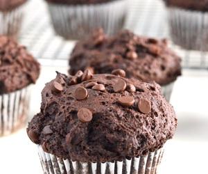 chocolate muffins image