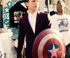 tom holland, Marvel, and spiderman image