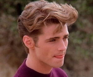 90s and jason priestley image
