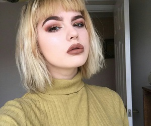 makeup, pretty, and short hair image