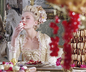 marie antoinette, Kirsten Dunst, and cake image