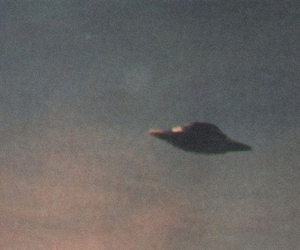 ufo and alien image