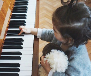 cute, baby, and piano image