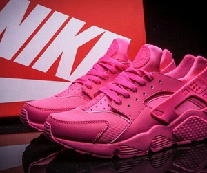 Image by We love NIKE