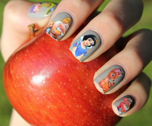 nails and apple image