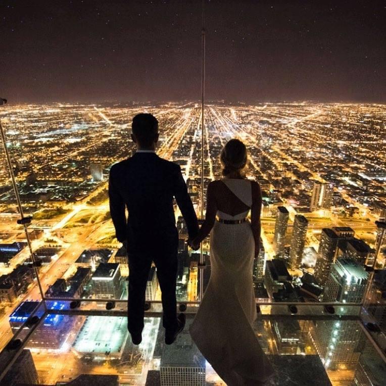 couple and lights image