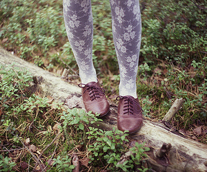 shoes, vintage, and legs image