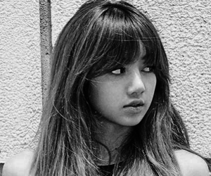 black and white, dancer, and lalisa manoban image
