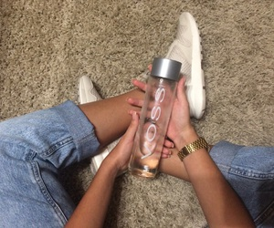 shoes and voss image