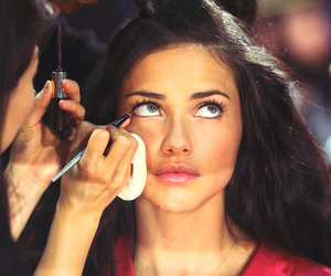 Adriana Lima and girl image